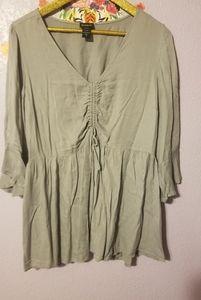 Torrid size 1 babydoll blouse EUC